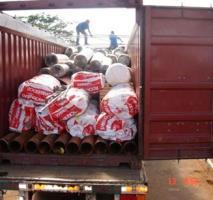 Estufagem e desova de containers